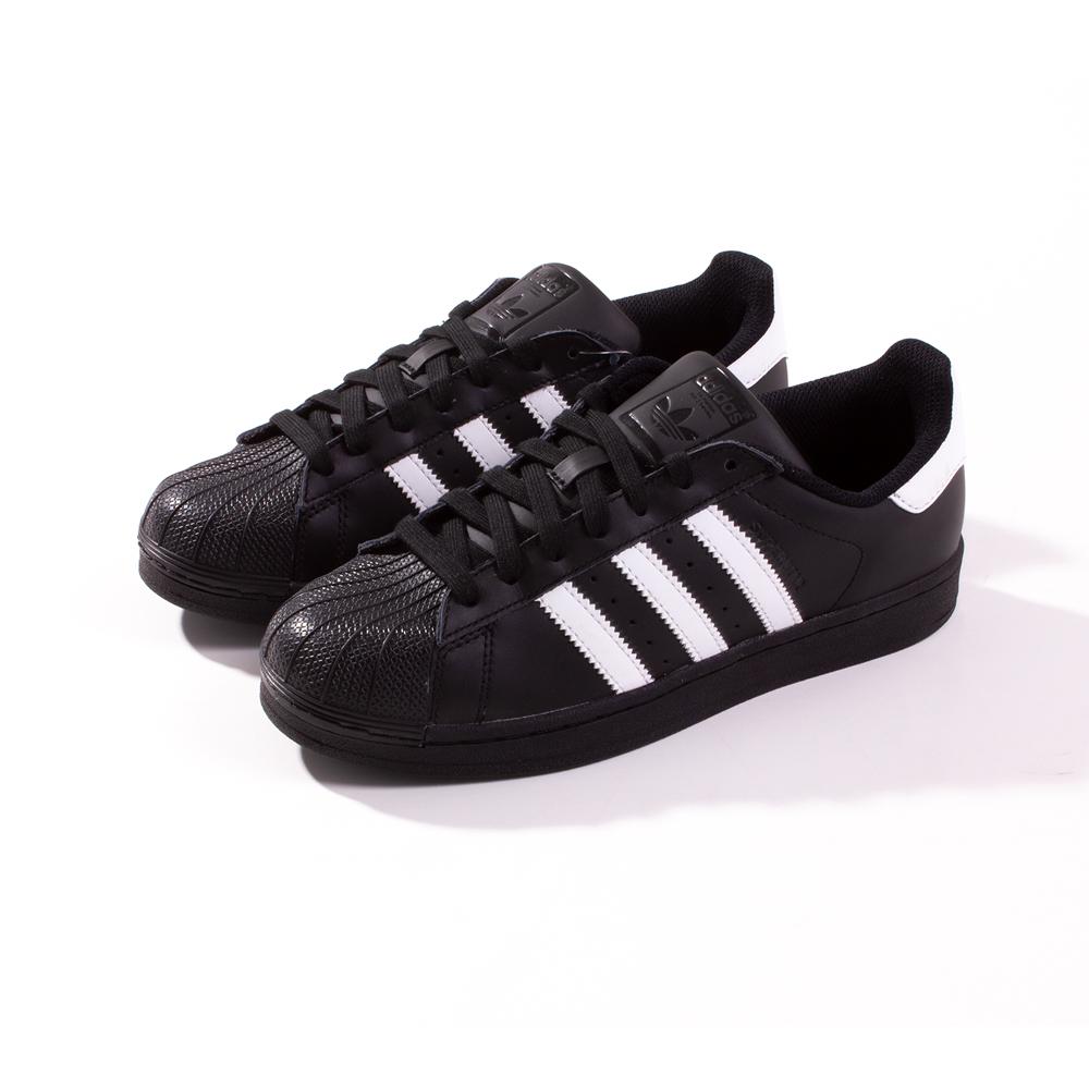 separation shoes 66cf1 8f304 Adidas Originals Black w/white Superstar Foundation Trainers